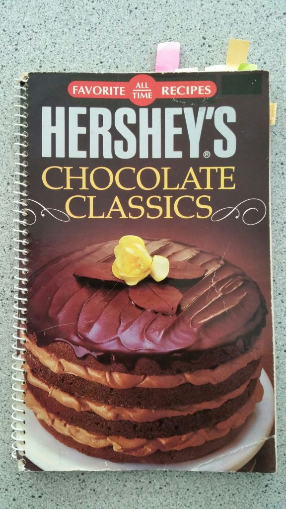Hershey's Chocolate Classics Cookbook