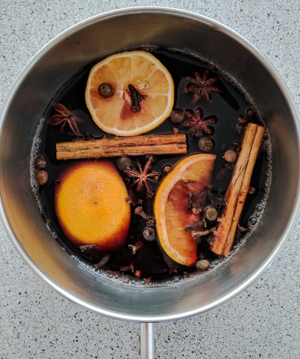 mulled wine in the pot